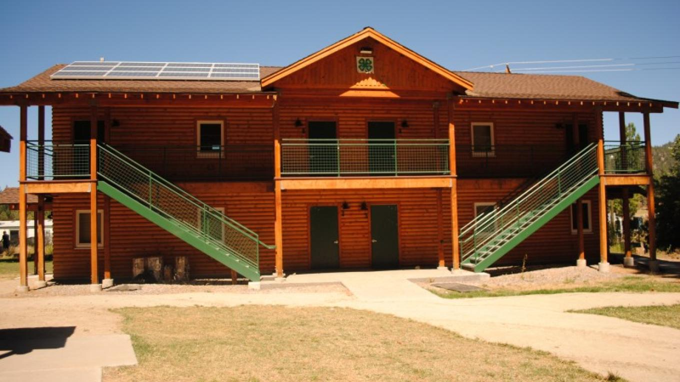 Green 4-H Alumni Cabin – Travis K. Lee