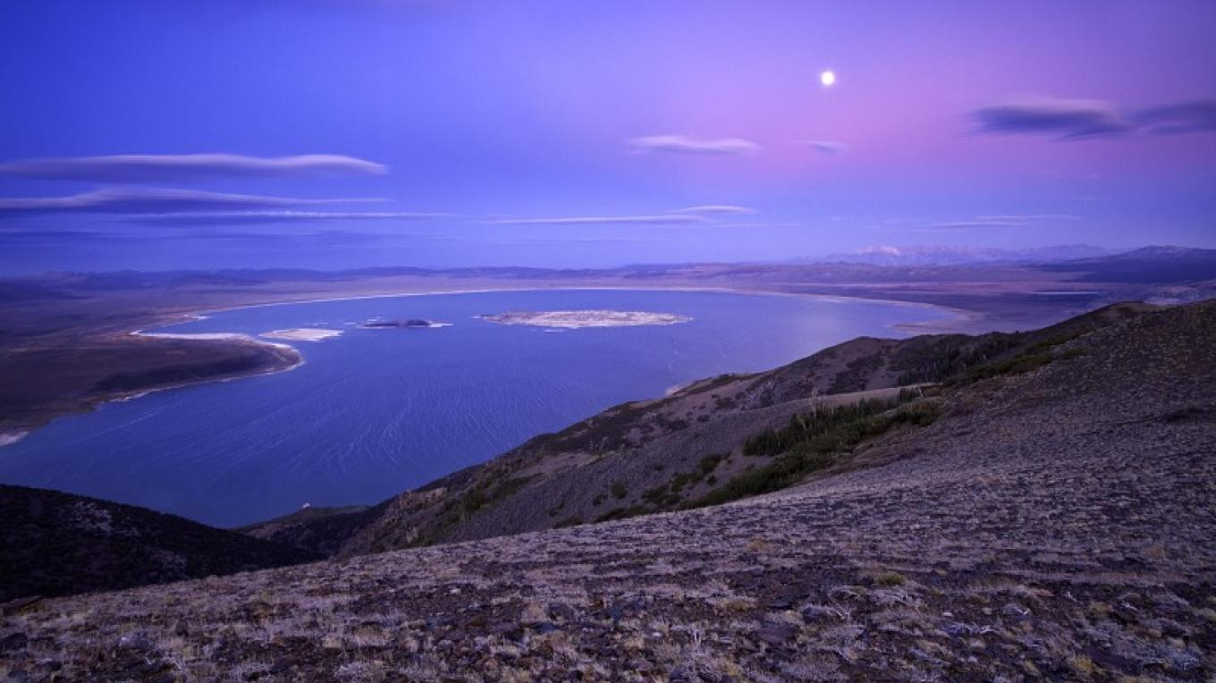 Full Moon Rising Over Mono Lake – Robb Hirsch