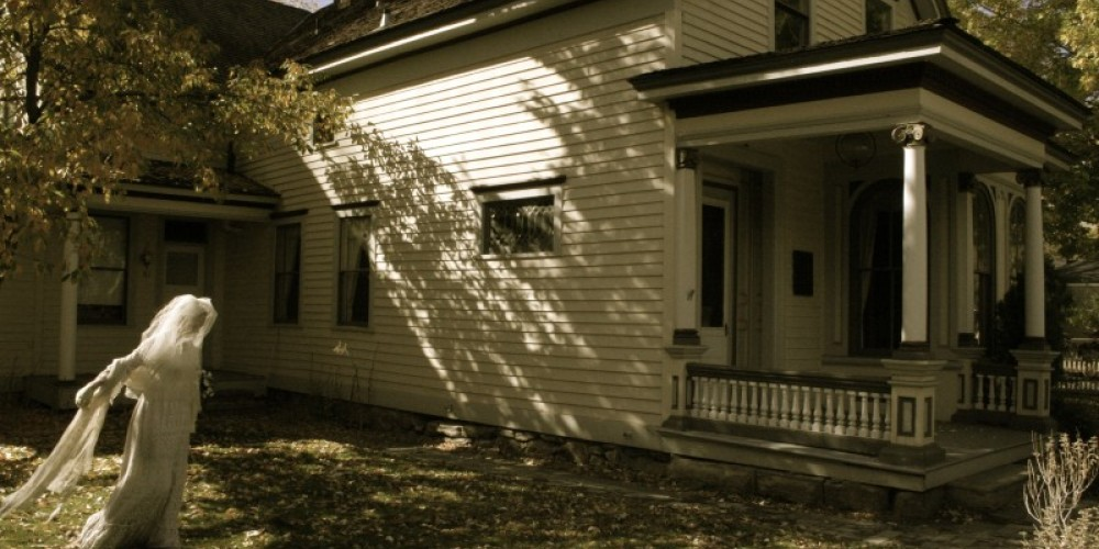 "A ""ghost"" haunts the Ferris House (of Ferris Wheel fame) on the Kit Carson Trail during the annual Ghost Walk – Carson City Convention & Visitors Bureau."