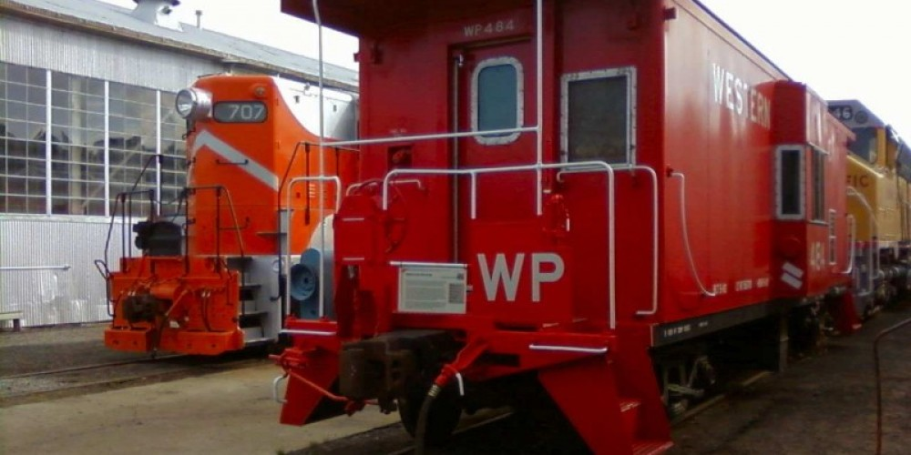 WP 707 and WP Caboose 484 – David Epling