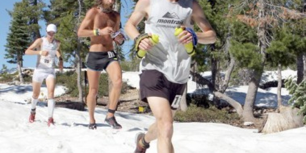 WS100 - 2010: Geoff Roes leads Anton Krupicka and Kilian Jornet through the snow outside Robinson Flat – Michael Kirby/Auburn Journal