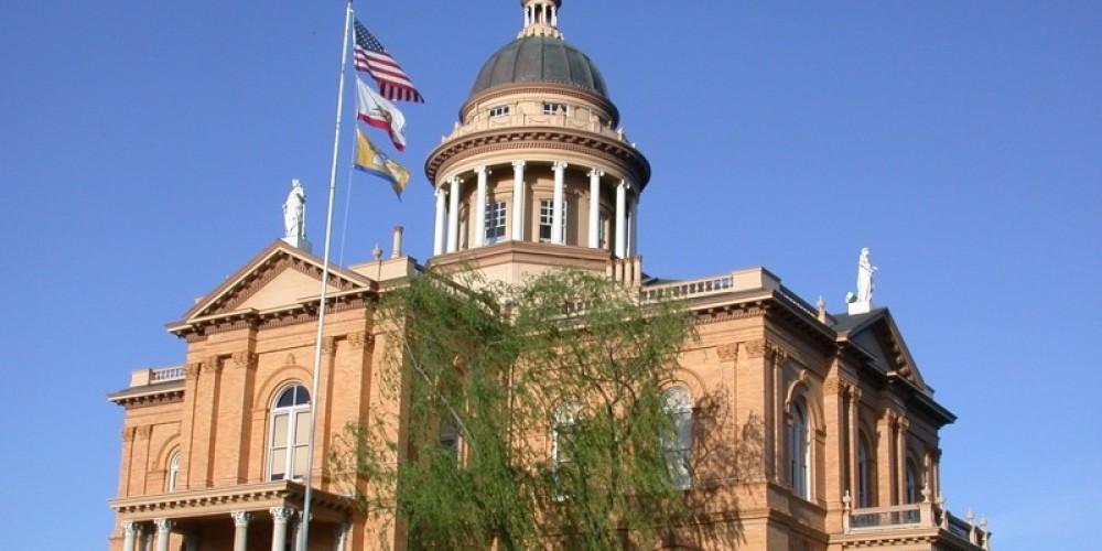 Auburn's Historic Courthouse – Anita Yoder