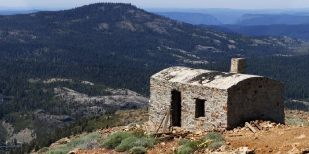 panoramic view with the old lookout in the foreground – bill oudegeest