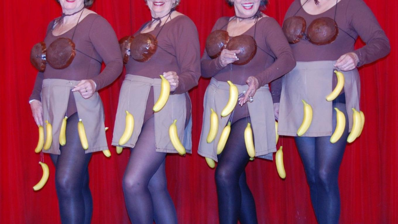"Grub Gulch Grannies \""We Love Bananas\"" dance – Carol Kovach"