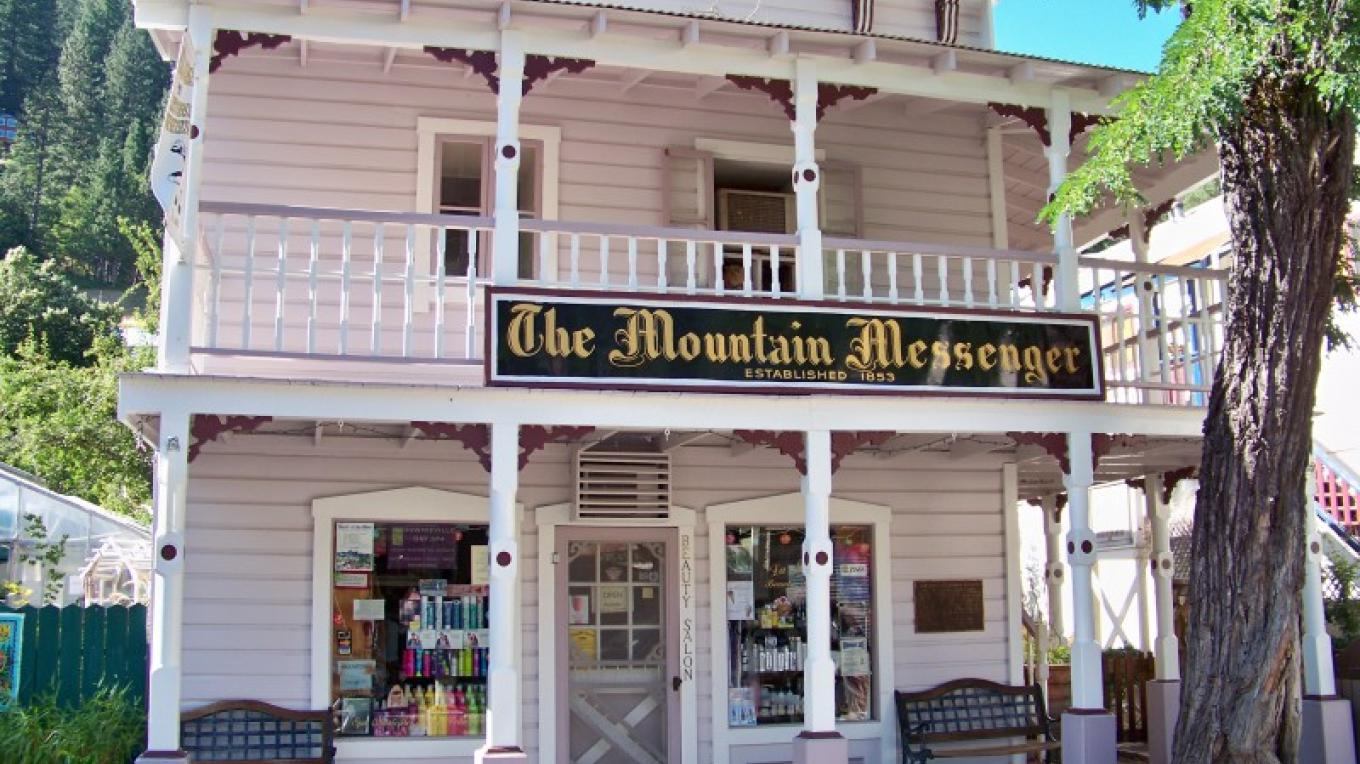 1853 Mountain Messenger Building on Main Street, Downieville – Lee Adams