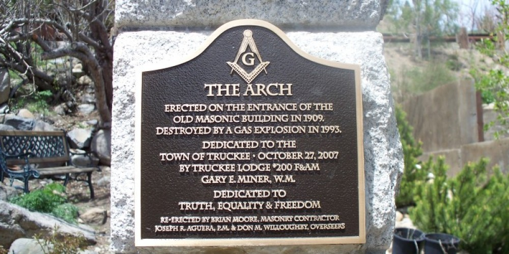 The Masonic Arch Plaque. – © 2009 Truckee Donner Historical Society All Rights Reserved