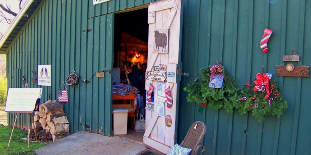 The Oregon House Farm Store decked out for Christmas in the Foothills-December 2009. – Jenny Cavaliere