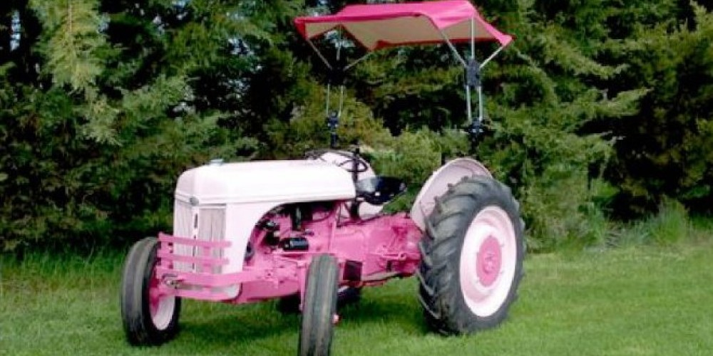 Annual Vintage Tractor Days in Oregon House, CA – Alcouffe Center Facebook