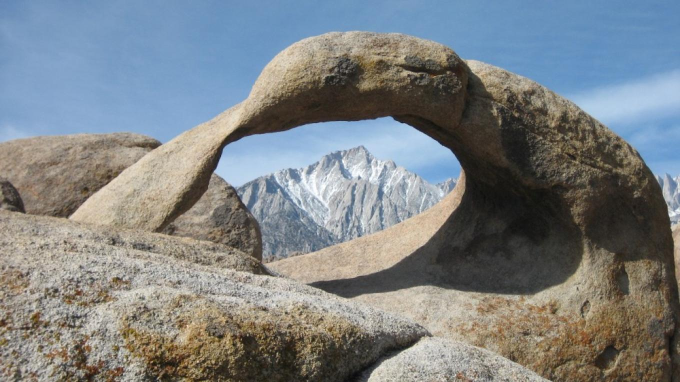 The natural arch in the Alabama Hills is an easy walk and an unusual photo opportunity. – Langley