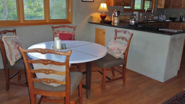 Cottage Dining Area – Kathleen Seligman