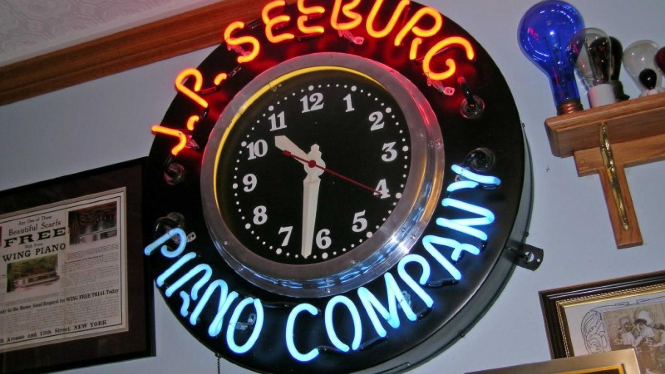 JP Seeburg Piano Co. Wall Clock – John Mottoros