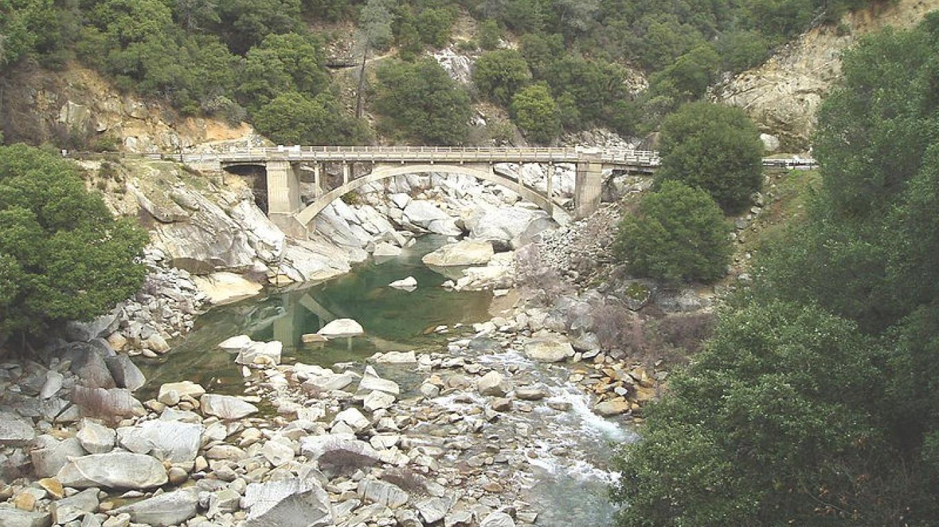 Highway 49 crossing the South Fork of the Yuba River in Nevada County. – Wikimedia Commons