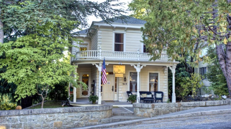 Broad Street Inn