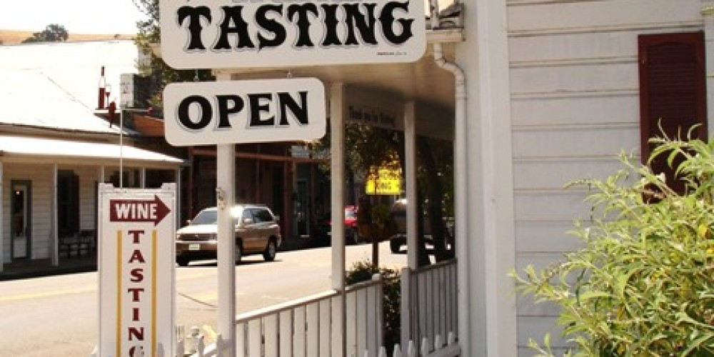 Sutter Creek has several Wine Tasting venues downtown, where you can sample local Amador County wines. – Klosowski