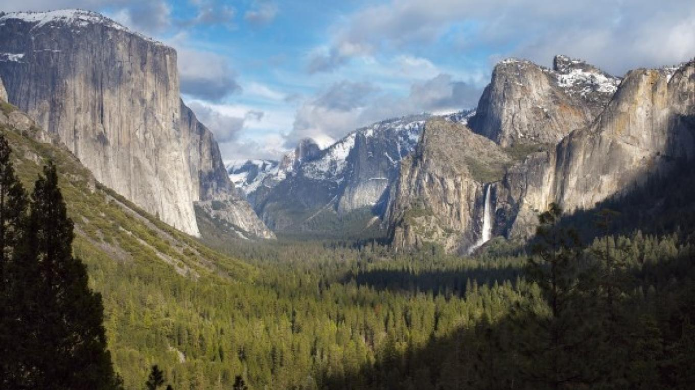Yosemite Valley – Elizabeth Carmel