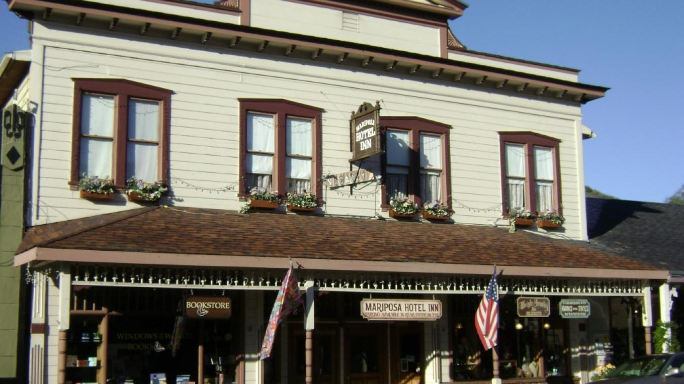 Mariposa Hotel Inn & the Historic Stolder Building – GW Colliver