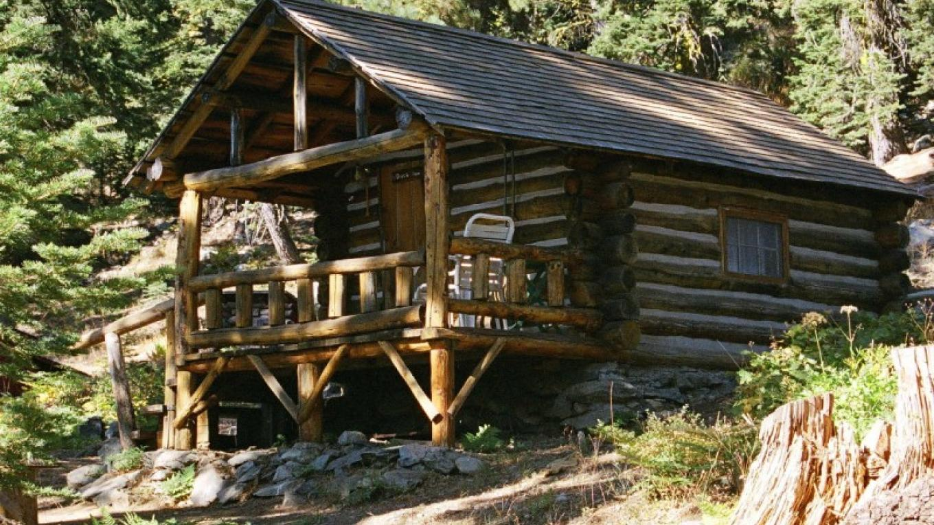 Duck in at Packer Lake Lodge. – Packer Lake Lodge