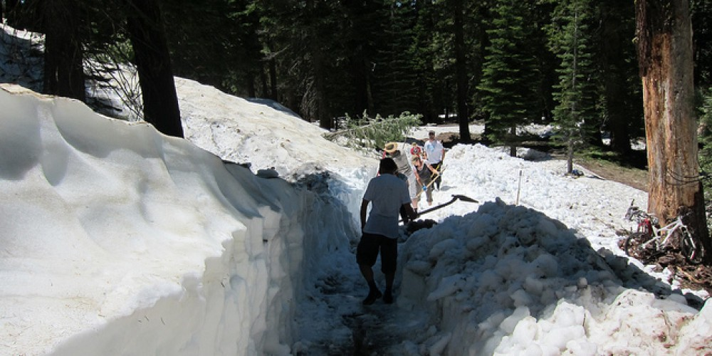 Trail Crew and Volunteers clearing the trail for the Downieville Classic 2011 – Sierra Buttes Trail Stewardship