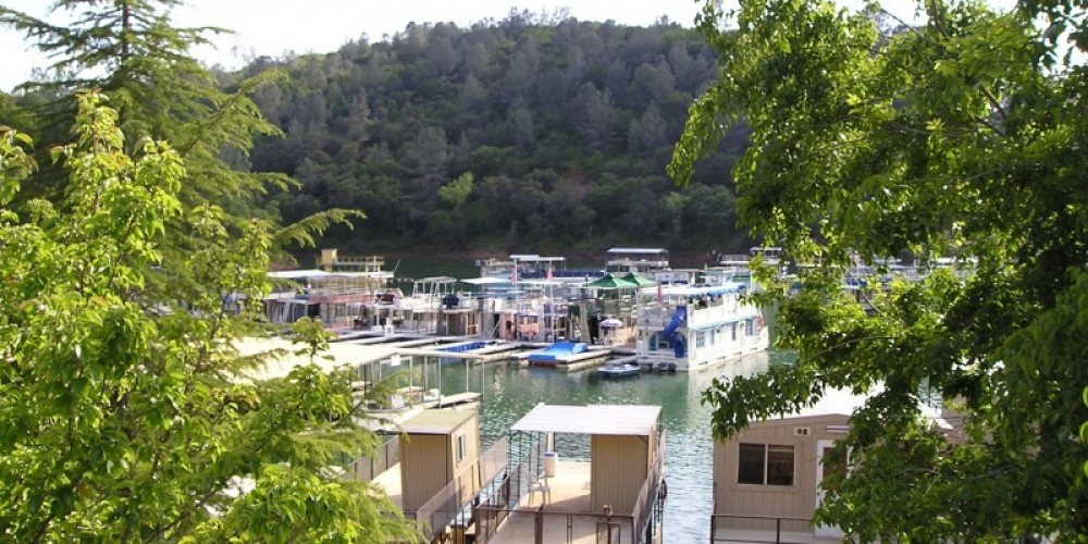 Houseboats at Skippers Cove – Jeff George