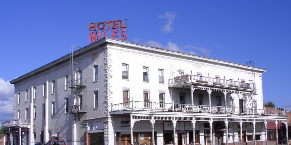 The Niles Hotel before it was renovated. – Lorissa Soriano