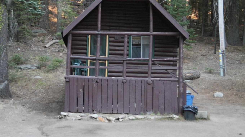 Bucks Lake Lodge cabin. – Bucks Lake Lodge