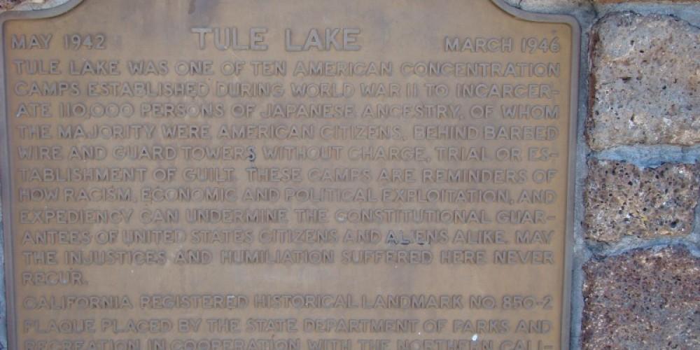 Plaque alongside the highway explaining the Tule Lake Internment Camp. – Jean Bilodeaux