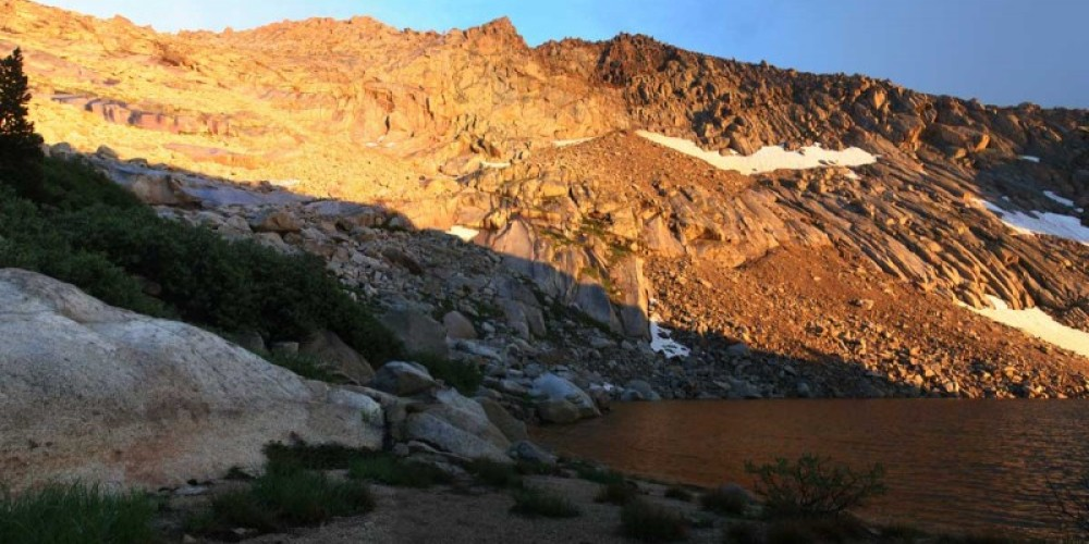 Alpenglow above Crystal Lake in Mineral King. – RCain/NPS