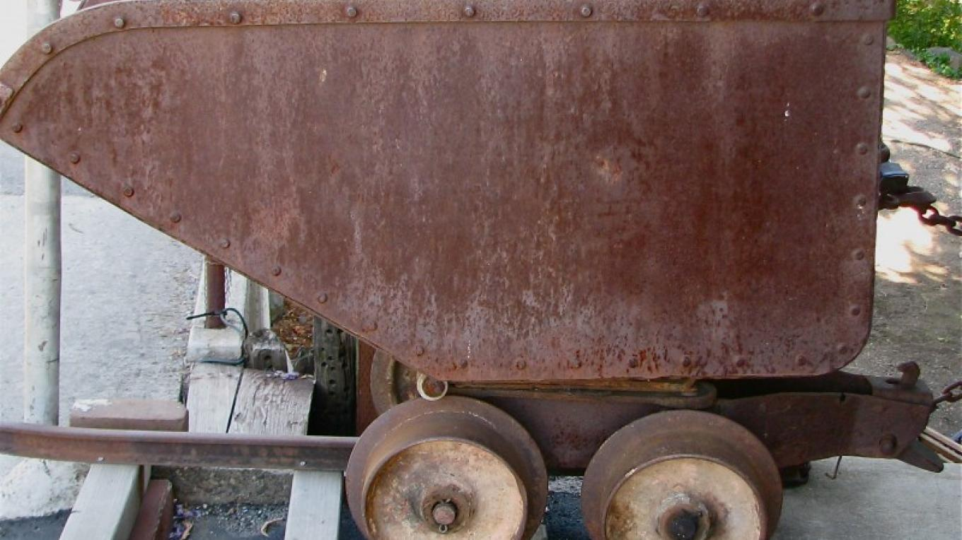 This ore car was revolultionary as it was self-dumping. When the cart was tilted, the door automatically opened, saving time and effort. – Karrie Lindsay