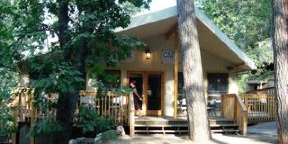 Main Lodge – Douglas Shaw
