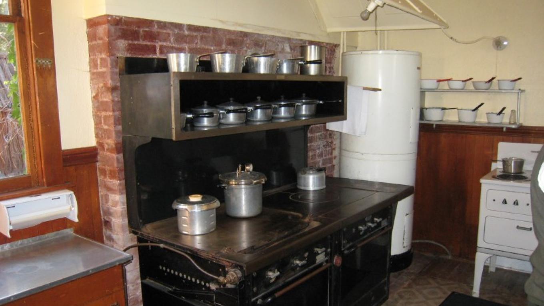 kitchen – Susan Grove