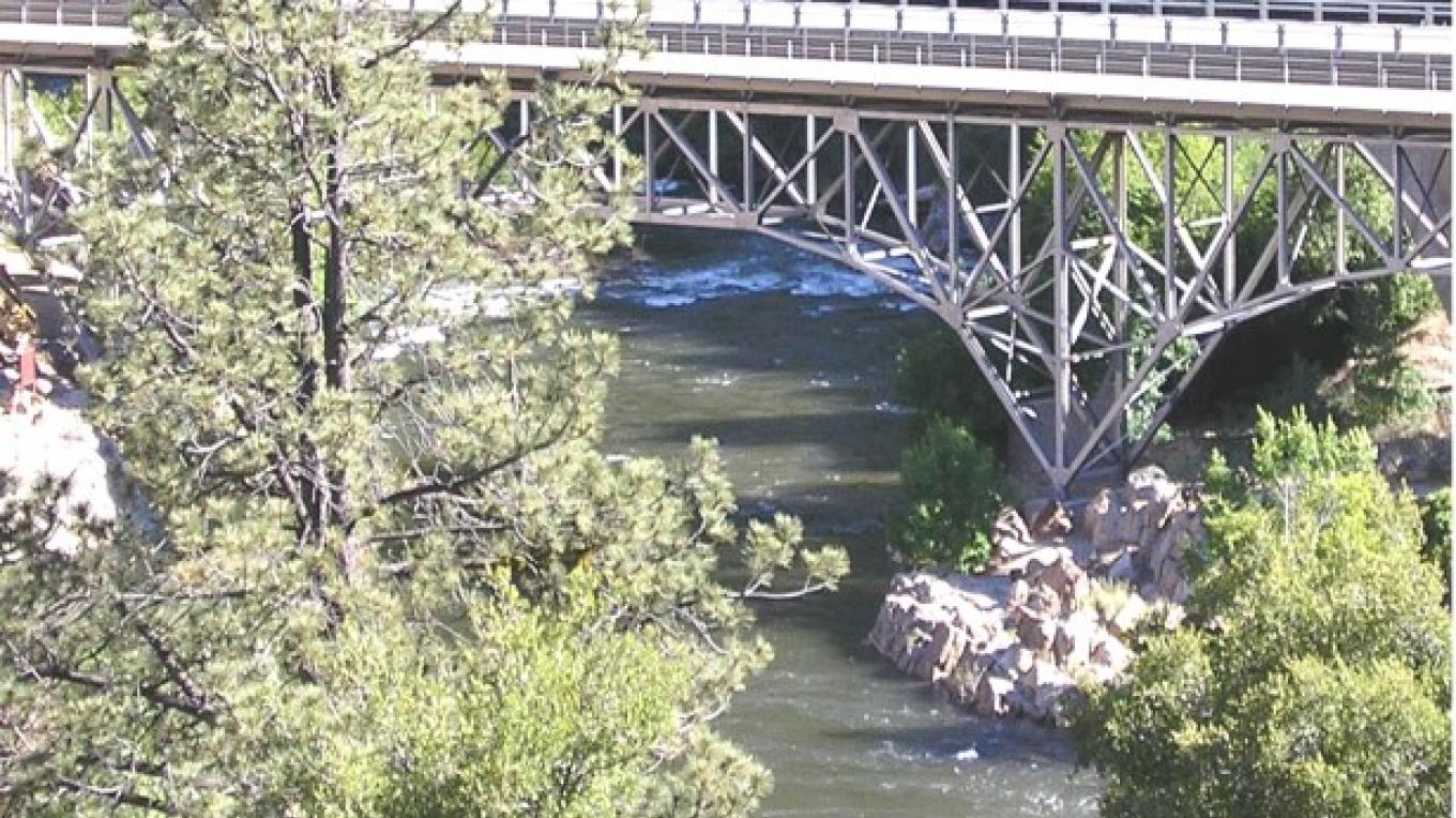 Locally known as the Johnsondale bridge, there are actually 2 bridges, the old one way bridge (closed to vehicles) and the newer two lane. – Frank Brassell