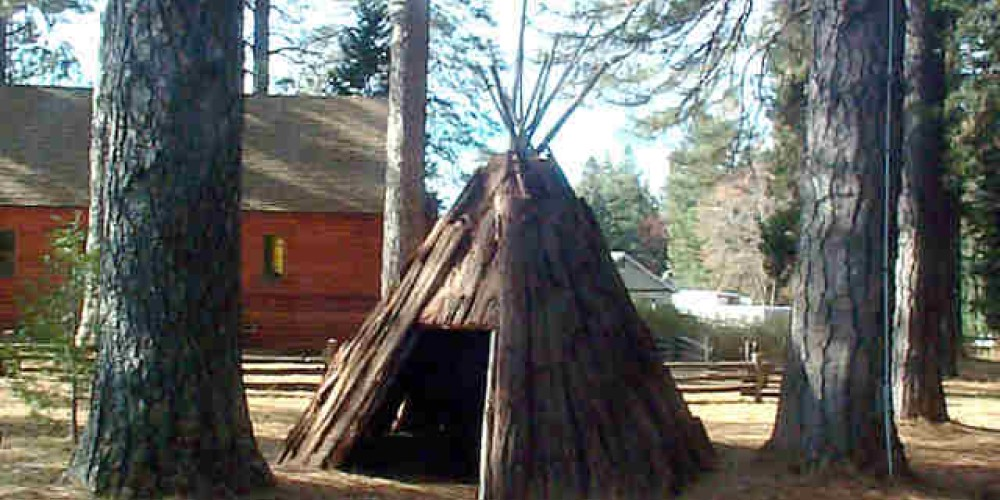 Bark House – Forest Hill Divide Museum