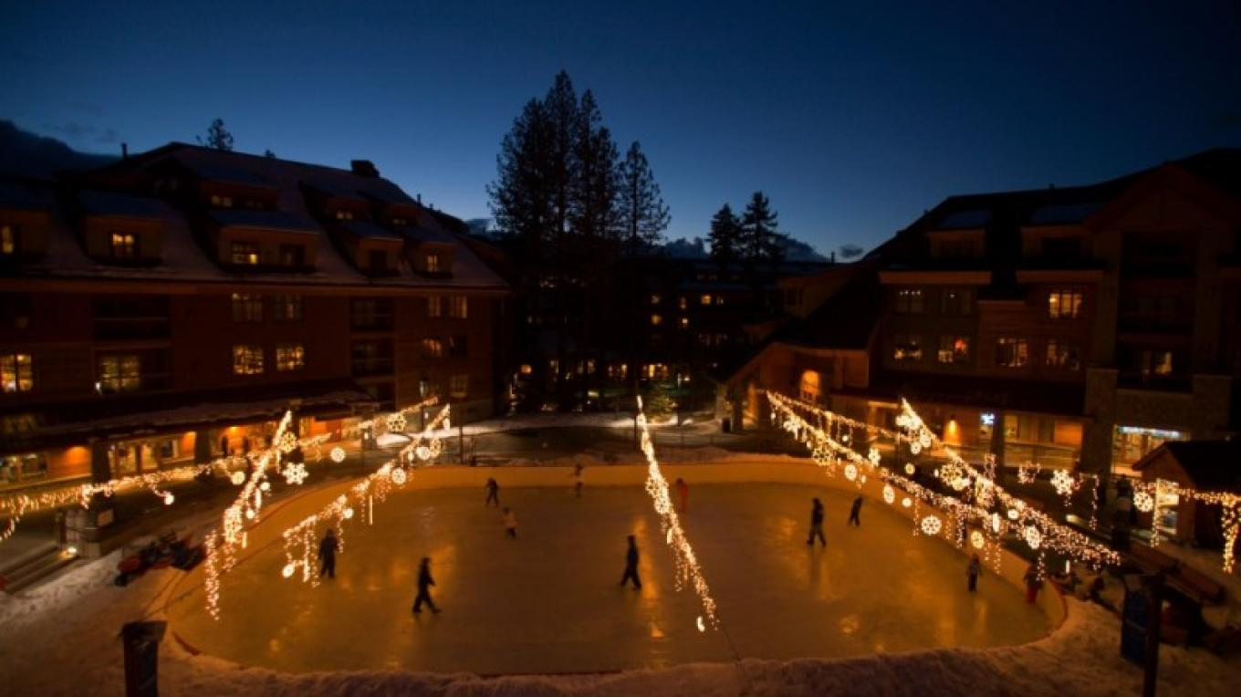 Ice skating at Heavenly Village next to Lake Tahoe Resort Hotel. – Lake Tahoe Resort Hotel