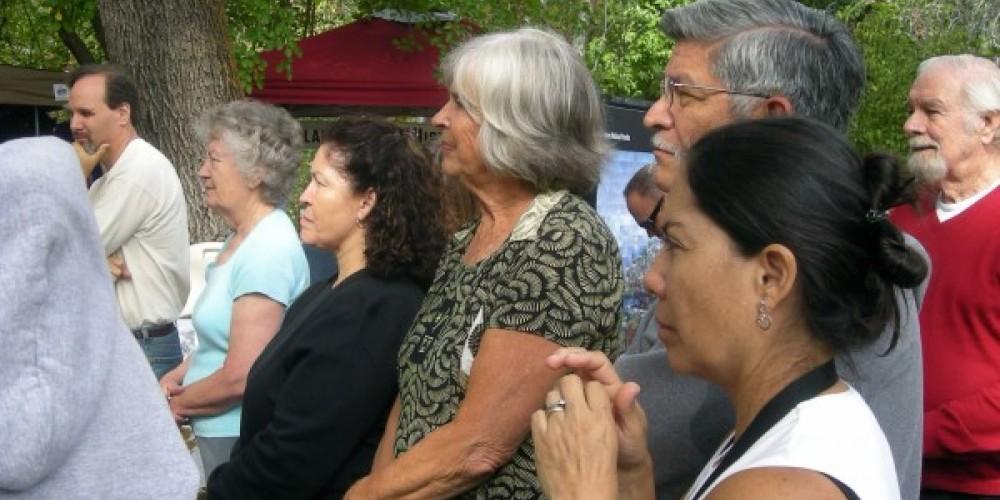 Rapt audience listening to oral history of Kaweah – CJS