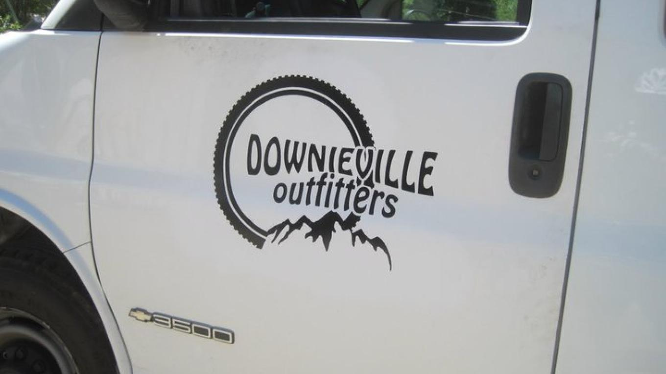 Downieville shuttle service – www.downievilleoutfitters.com