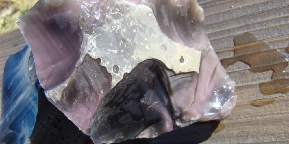 Pink obsidian from the Pink Lady mine. – Jean Bilodeaux
