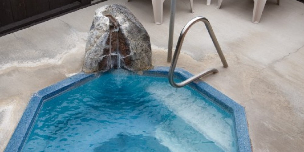 Private hot tub with each room. – Curt Rose