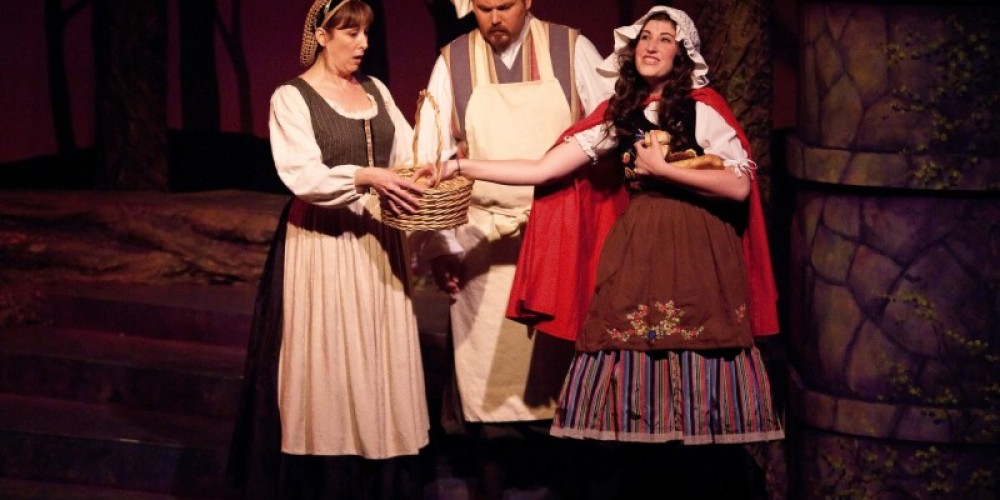 Sierra Stages presents Into the Woods – Tony Finnerty