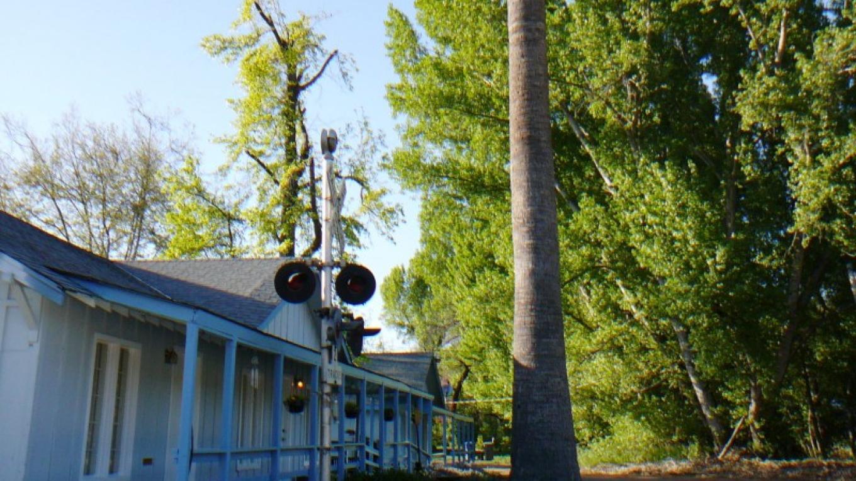 SJ&E railroad crossroads signal – Susan Leeper