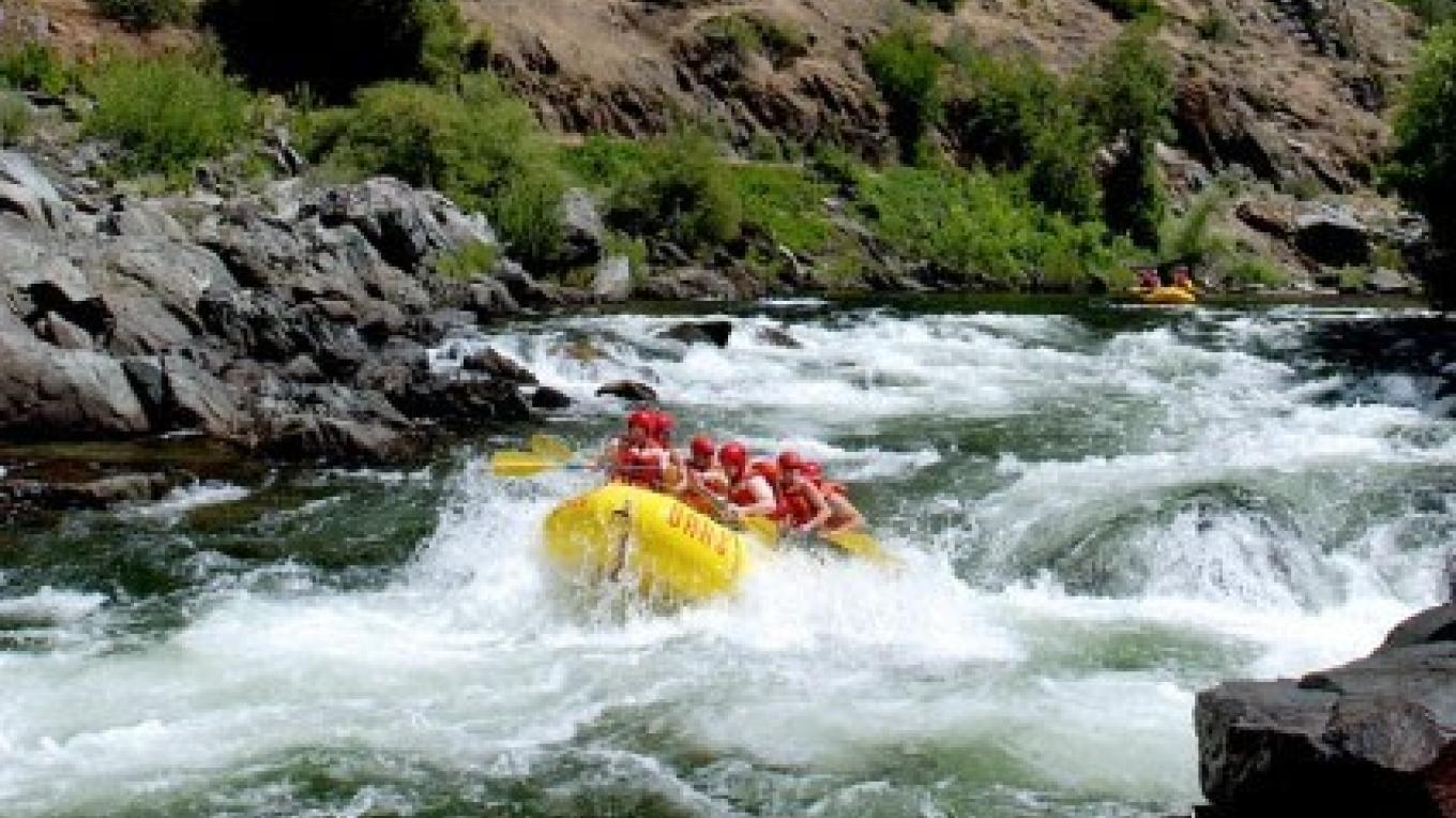 O.A.R.S. whitewater rafting on the Merced River near Yosemite National Park. – www.oars.com