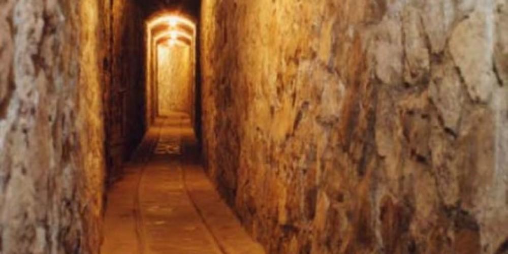 Secret Tunnel at Thunderbird Lodge