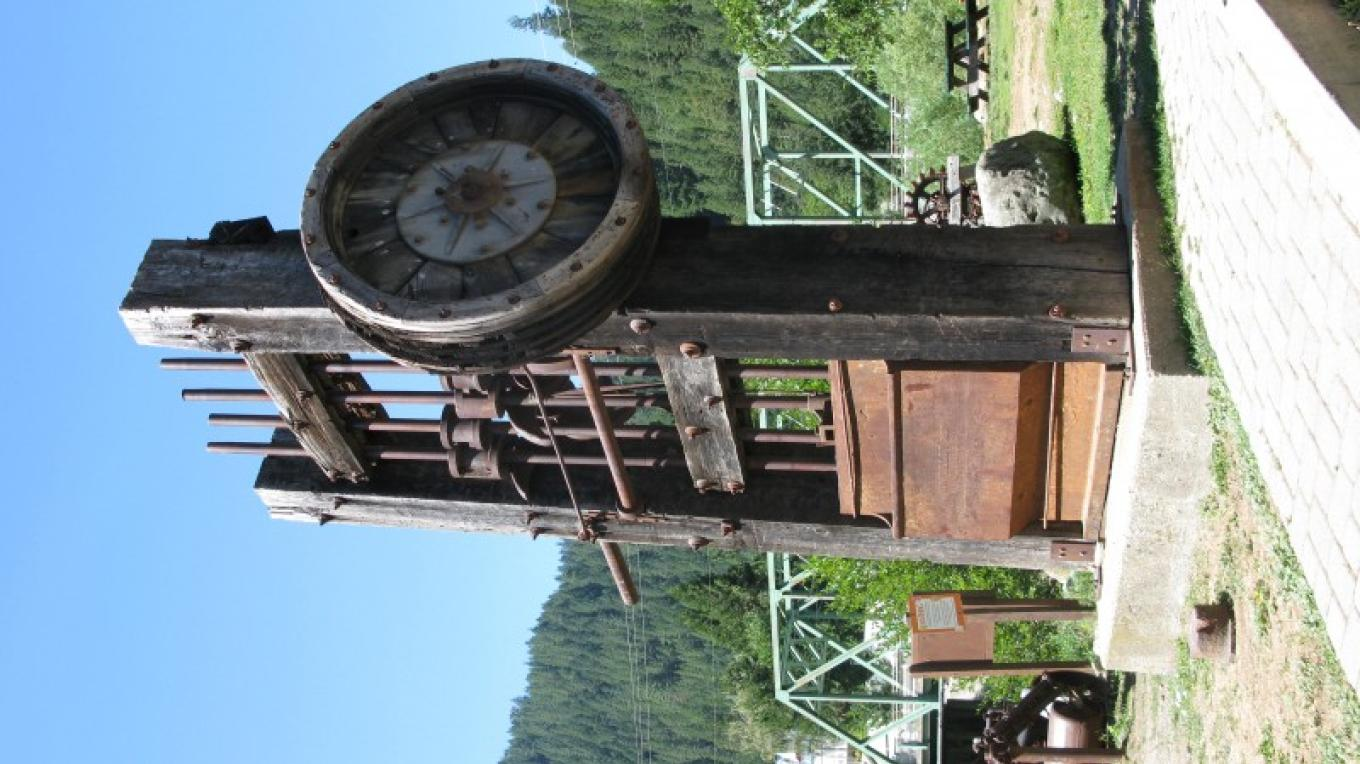 Gold ore stamp mill, Downieville – Linda Chaplin
