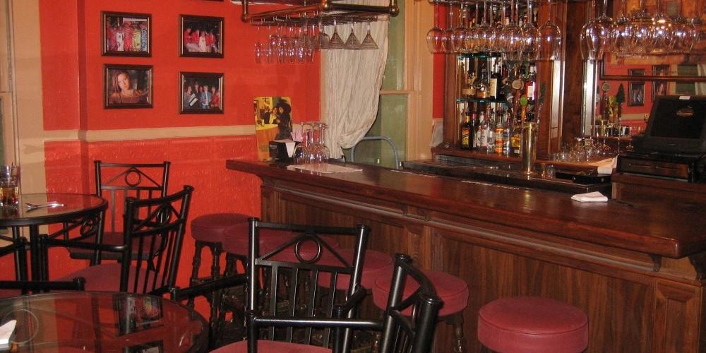 Saloon – Kay Crow
