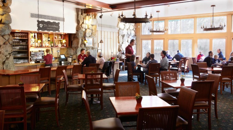 The Majestic Yosemite Bar