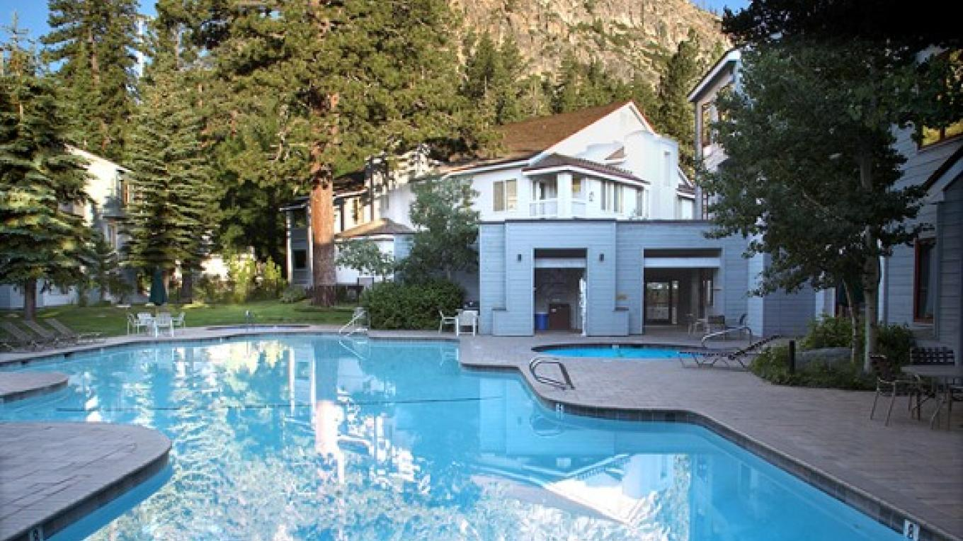 Squaw Valley Lodge Swimming Pool – Tony George
