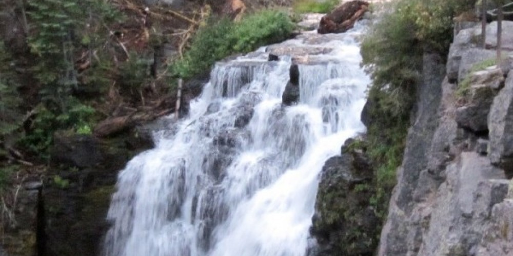 Another view of King's Creek Falls. – Leah Duran