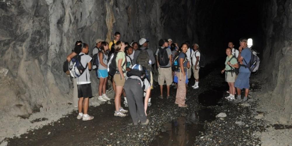 Students explore Tunnel 6 – Ben Lawson