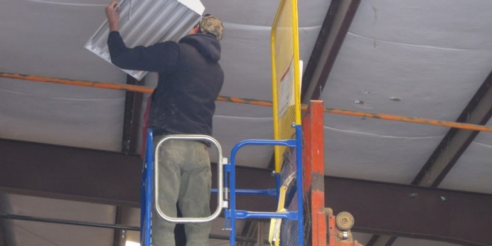 Replacing a high bay at a small business, Sierra Nevada Energy Watch, 2010. – SBC