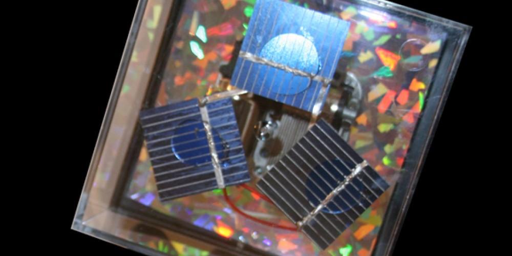 Solar music box by Lee Holland. – Nadi Spencer