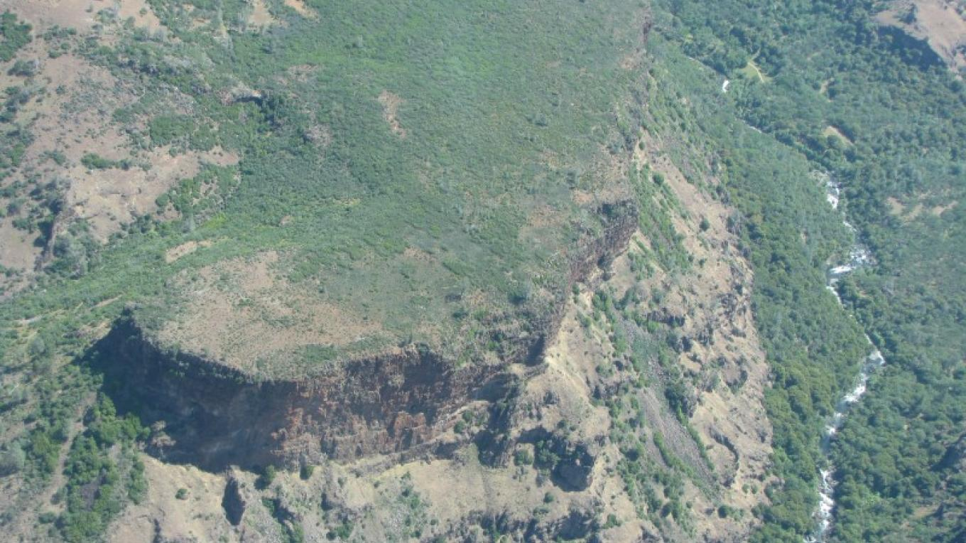 Steep canyon walls of Deer Creek in the Ishi Wilderness, from above. – Ben Miles